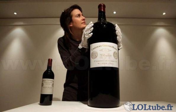 Enorme bouteille de vin