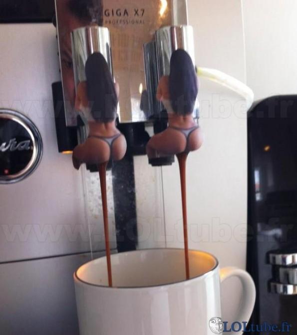 Machine à café de mauvais goût