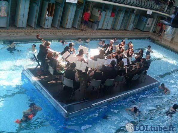 Orchestre sur l'eau