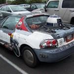 R2D2 dans une voiture