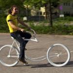 Vélo étrange