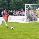 Bob l'Eponge joue au foot