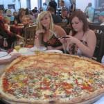 Gigantesque pizza à partager