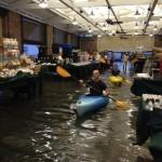 Faire les magasins en kayak