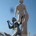 Statues bien placées
