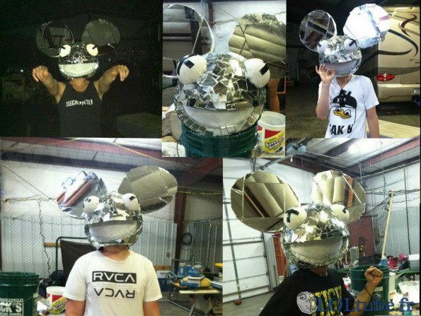 Tête de Deadmau5 en miroir