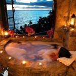 Ah... seule, détendue, dans la baignoire