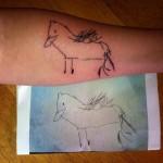 Tatouage d'un dessin d'enfant