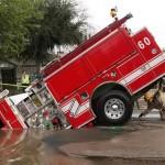 Ce pompier n'aime pas l'eau