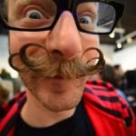 Sacré moustache, mec !