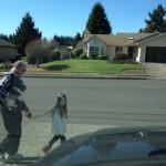 Promener sa fille et son chien