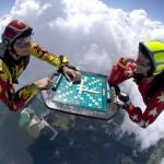 Scrabble dans les airs