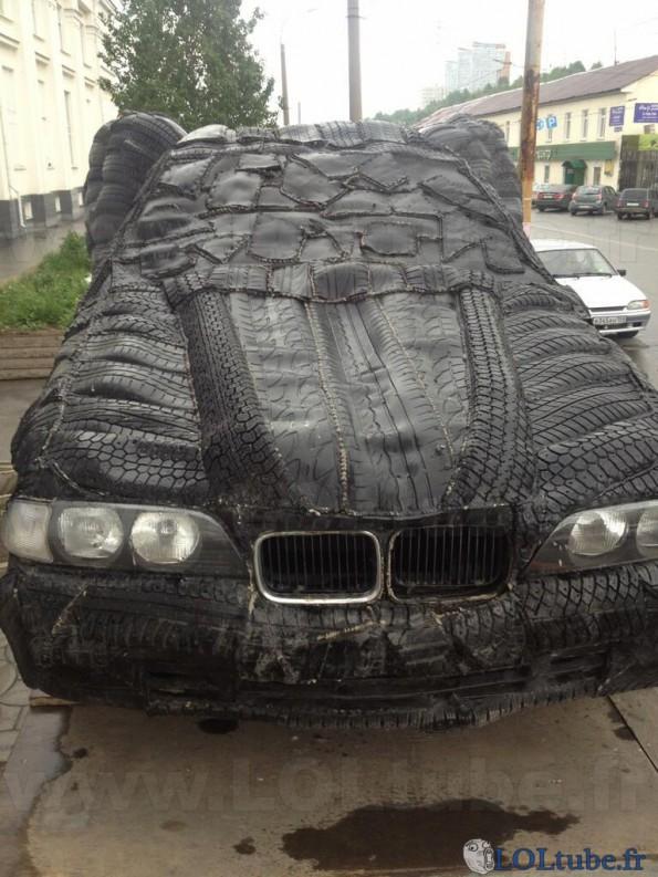 Dr le de voiture en pneu images dr les loltube - Image voiture drole ...