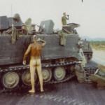 Une douche à l'armée