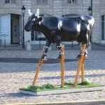 Vache à échasses