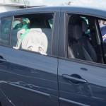 Des persos de manga dans la voiture