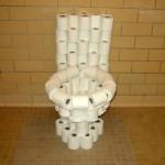 Un toilette en PQ