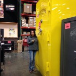 Enorme coffre jaune