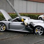 Pauvre voiture :