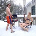 Barbecue en hiver en bikini