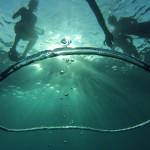 Grosse bulle sous l'eau